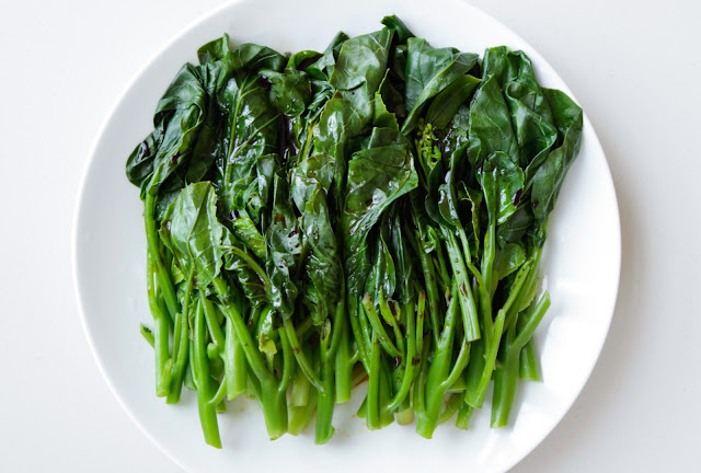 Chinese Broccoli (Gai Lan) with Tamari and Sesame Oil