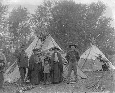 minnesota history ojibwa indians essay The culture and language of the minnesota ojibwe - an introduction  this  essay is supposed to give a brief introduction to the language and traditions of   years of history, but like other groups of native americans all over the country,  they.