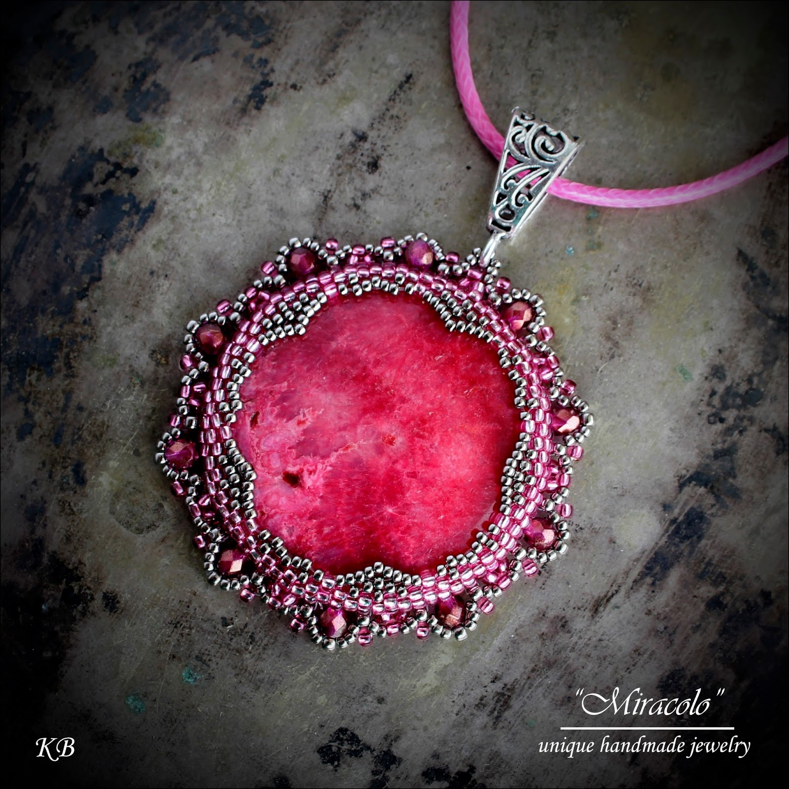 wisior z rodochrozytem, rhodochrosite pendant