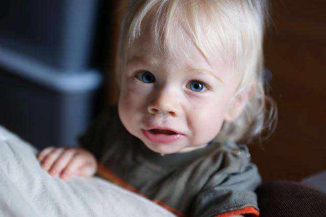 bébé baveux poussée dentaire signes et symptômes
