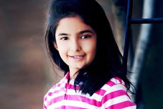 Profil Anushka Sen-Meher Dagli