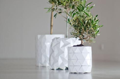 植物の成長と共に折り紙のように変化するプランター・鉢【i】