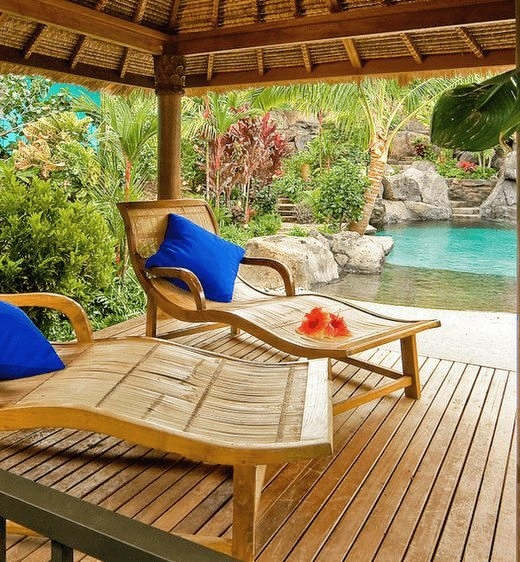Tropical Backyard Pool Design Idea