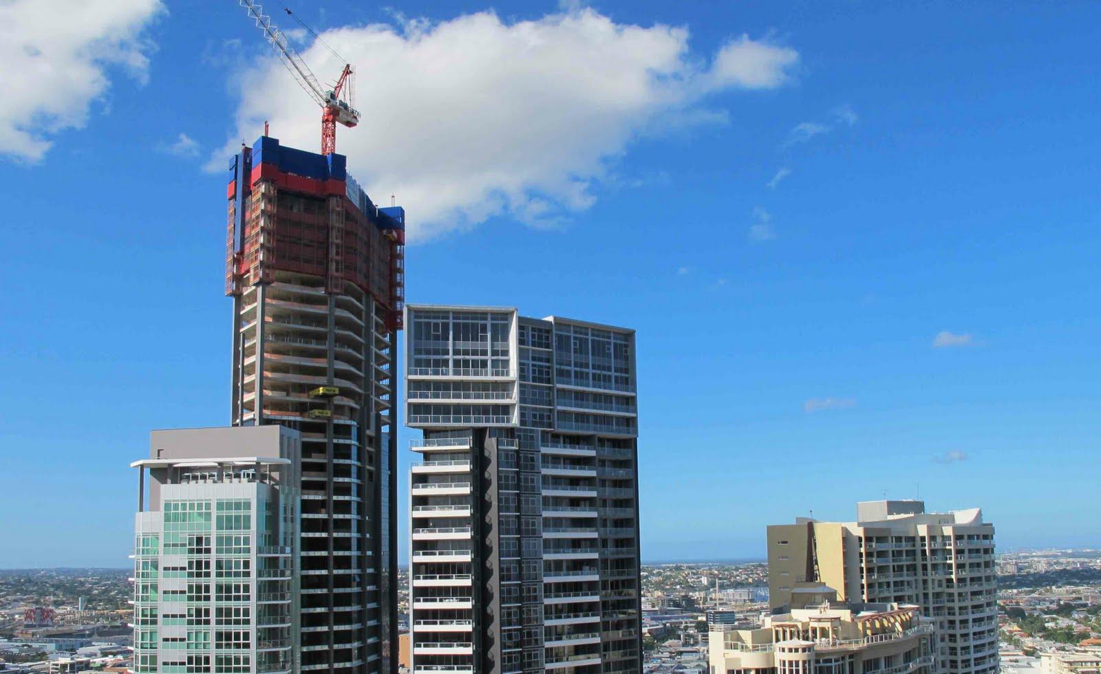Brisbane Apartment: Macrossan, Soleil and Skyline