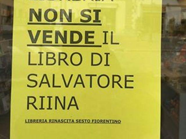 In questa libreria non si vende il libro di salvatore for Porta a libro non si chiude