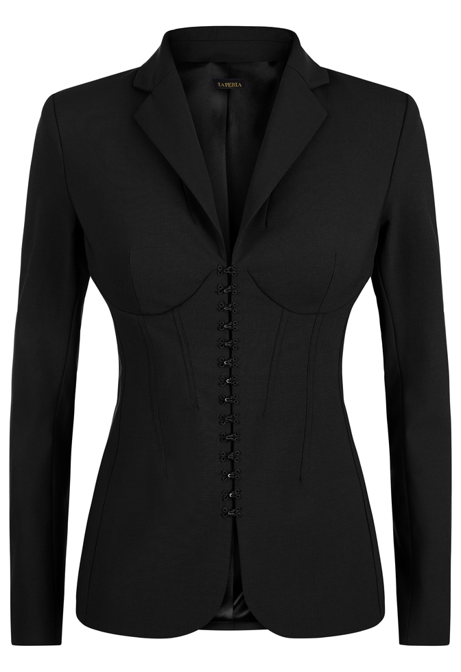 LA PERLA REIMAGINES THE MODERN SUIT WITH REVOLUTIONARY CORSET JACKET