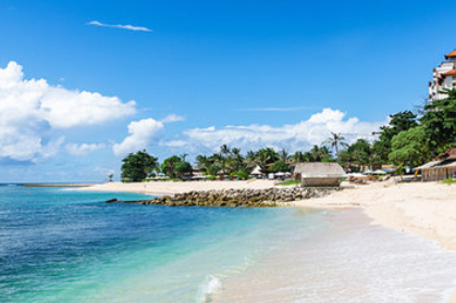 15 Tempat Wisata Terpopuler di Indonesia