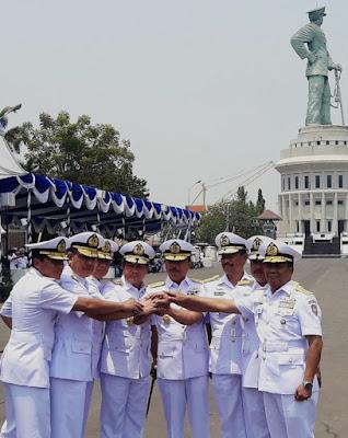 Laksamana Muda TNI Mintoro Yulianto Resmi Sebagai Pangkoarmada II