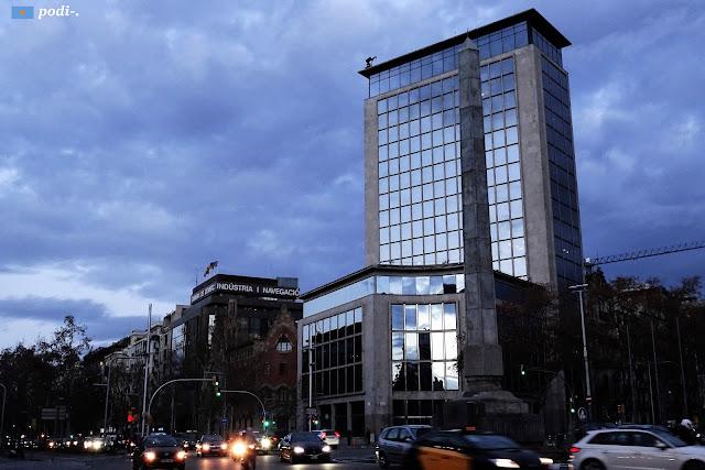 Plaça de Joan Carles I - passeig de gràcia i diagonal, barcelona