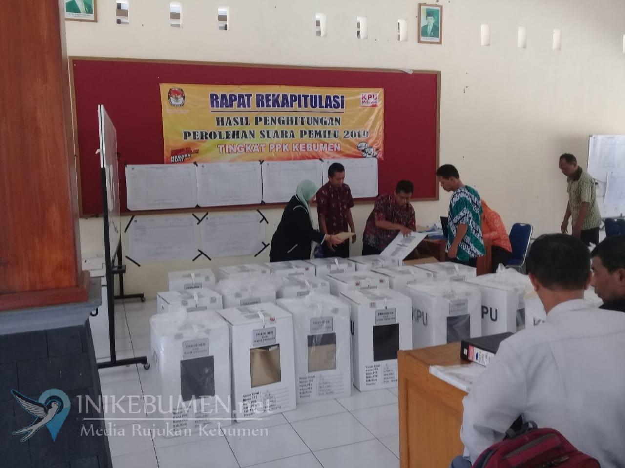 Unik, di TPS ini Jokowi dan Prabowo Raih Suara Draw