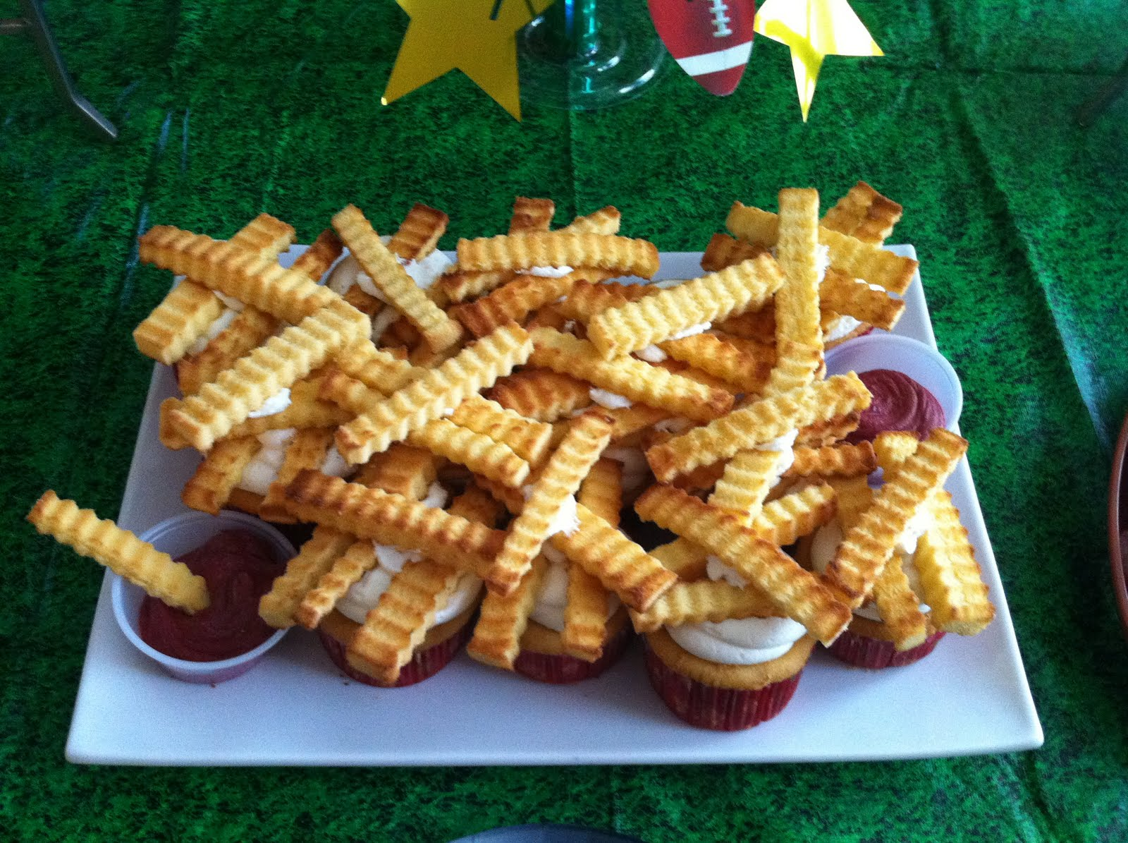 Cakes By Jen French Fry Cupcakes Yes