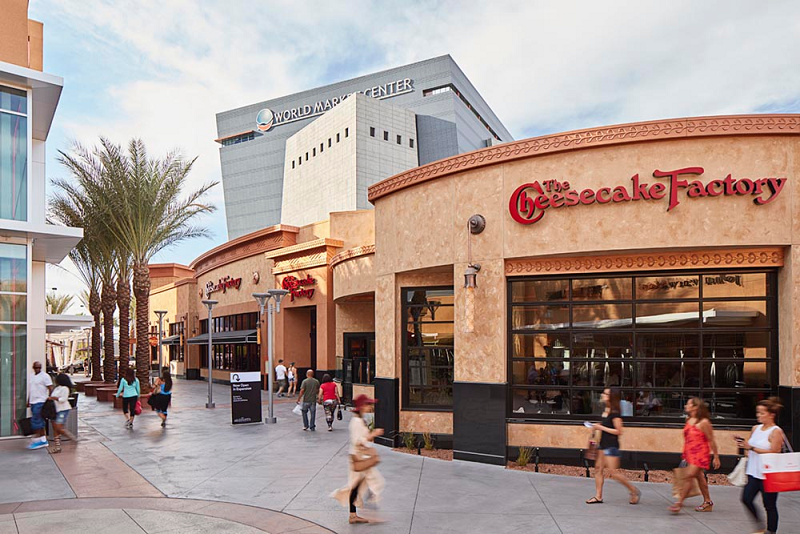 Las Vegas Outlets. Our Las Vegas outlet mall guide lists all the outlet malls in and around Las Vegas, helping you find the most convenient outlet shopping based on your location and travel plans.