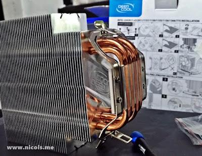 Pemasangan besi kait 'khas' AMD pada Gammaxx 400