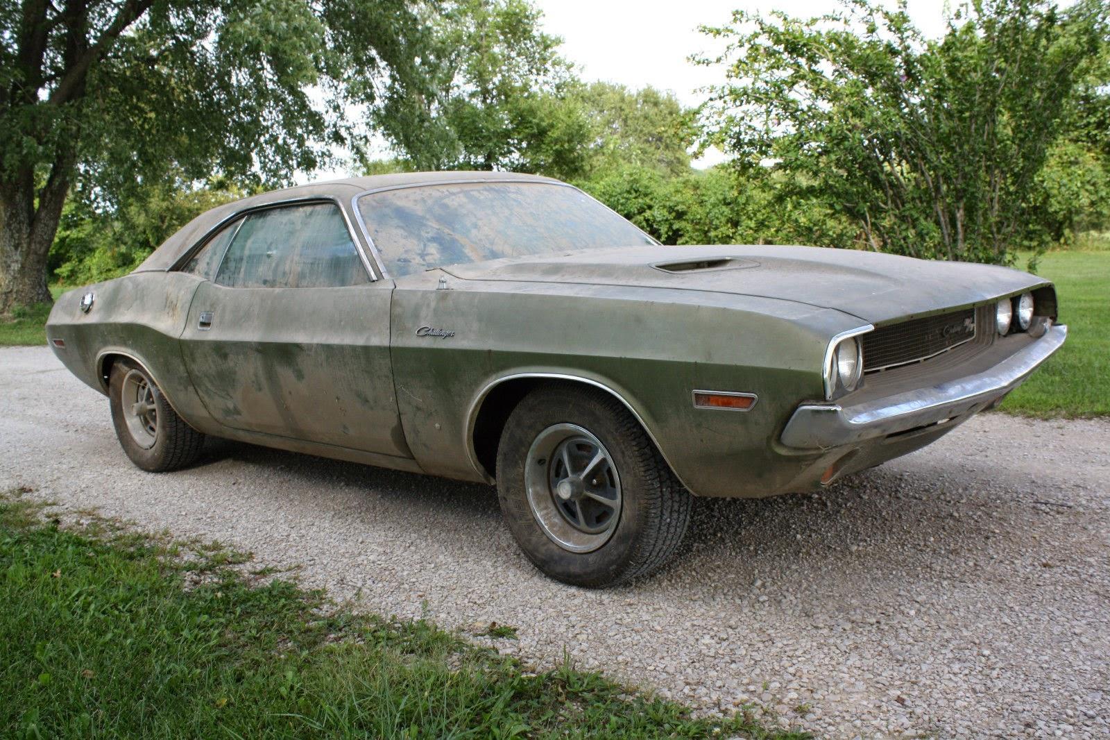 1970 Dodge Challenger R/T Survivor   Auto Restorationice