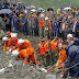 Deslizamento soterra centenas na China