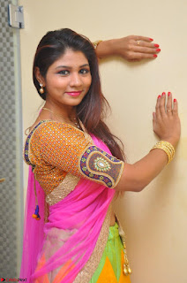 Lucky Sree in dasling Pink Saree and Orange Choli DSC 0382 1600x1063.JPG