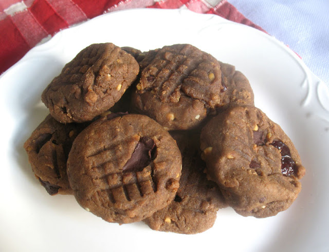 Peanut Butter Chocolate Chunk Teff Cookies