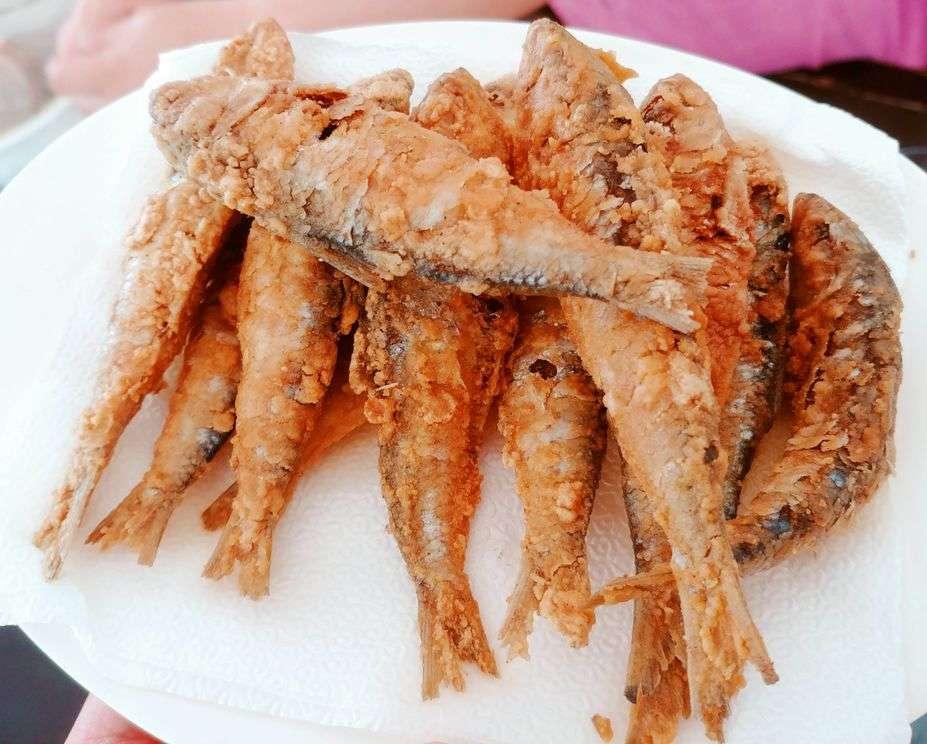 Mer-Ben Tapsilogan's Crispy Fried Tawilis