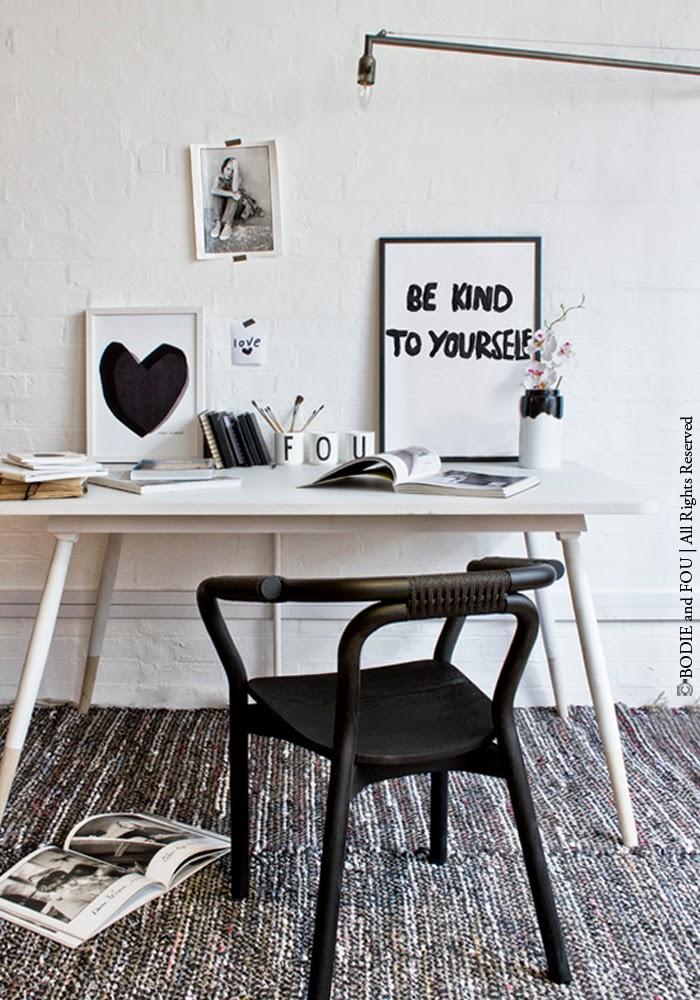 small desk office