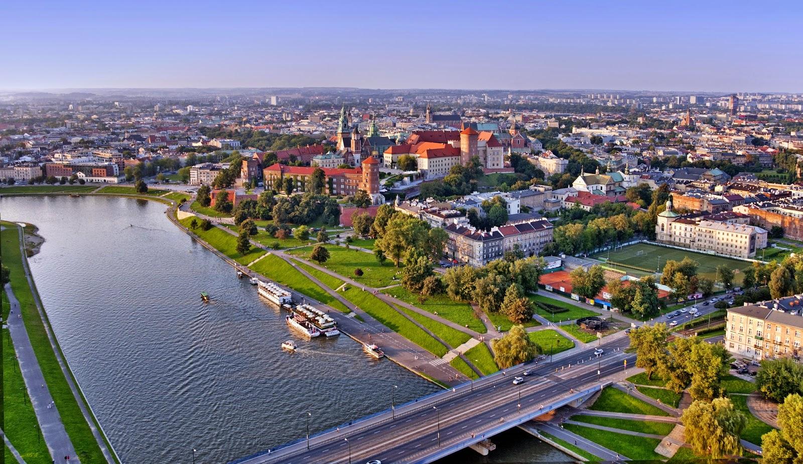 Krakow How To Do It: Wisla River