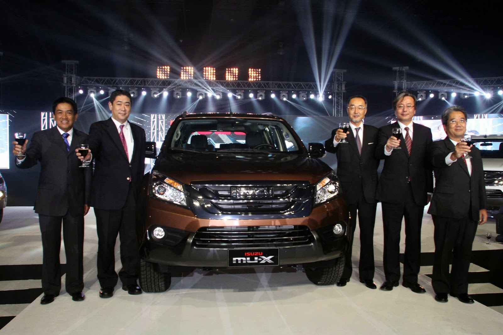 Isuzu Philippines launches the All-New 2014 Isuzu mu-X