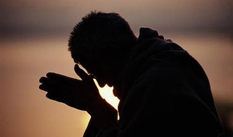 """Curiosidades Católicas - Por que não dizemos o """"amém"""", quando rezamos o Pai-Nosso na missa?"""