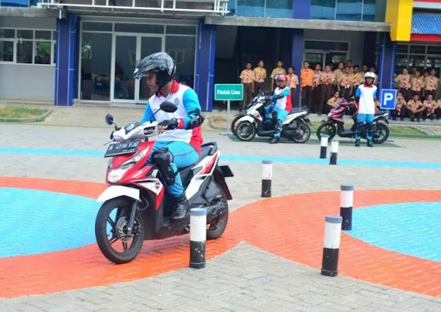 Safety Riding Lab Astra Honda