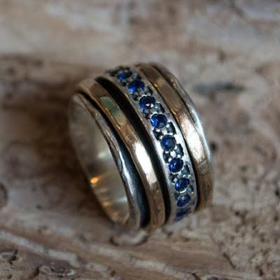 nhẫn bạc đính đá sapphire