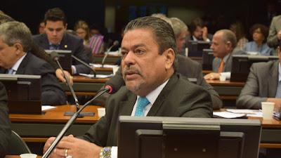 Instalada comissão para analisar PEC que beneficia servidores de ex-territórios