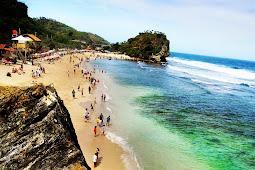 Indrayanti - Pantai Bersih di Yogyakarta yang Menawan Hati