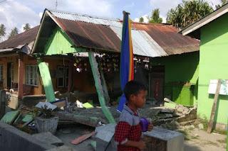 Fakta Gempa Donggala dan Tsunami Palu, dari Jenazah di Pantai hingga Bantuan Pemerintah