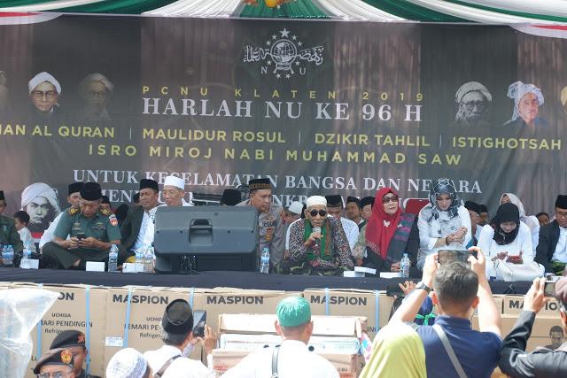 KH Maimoen Zubair: Indonesia tak Perlu Membuat Negara Islam
