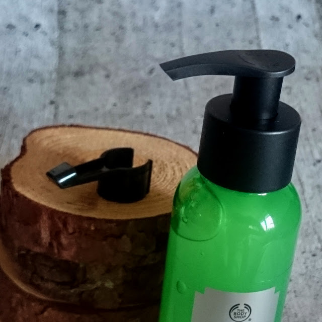 [Beauty] The Body Shop - Drops of Youth Liquid Peel