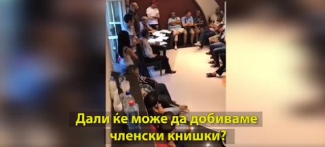 SDSM Parteiausweis wird zweiter Perso in Mazedonien - Abgeordneter