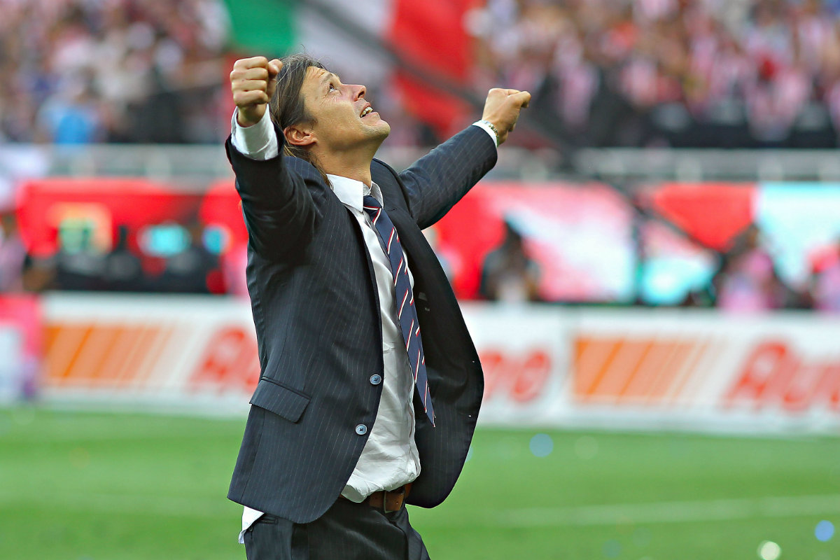 Almeyda admite que le gustaría dirigir una Selección nacional.