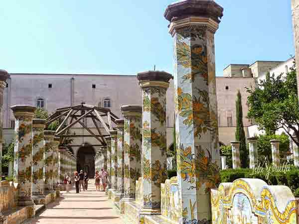 Que hacer en Nápoles visitas imprescindibles Monasterio Santa Chiara