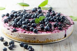 Pyragas su mėlynėmis ir migdolais
