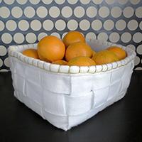 http://www.ohohdeco.com/2013/03/diy-recycled-felt-basket.html