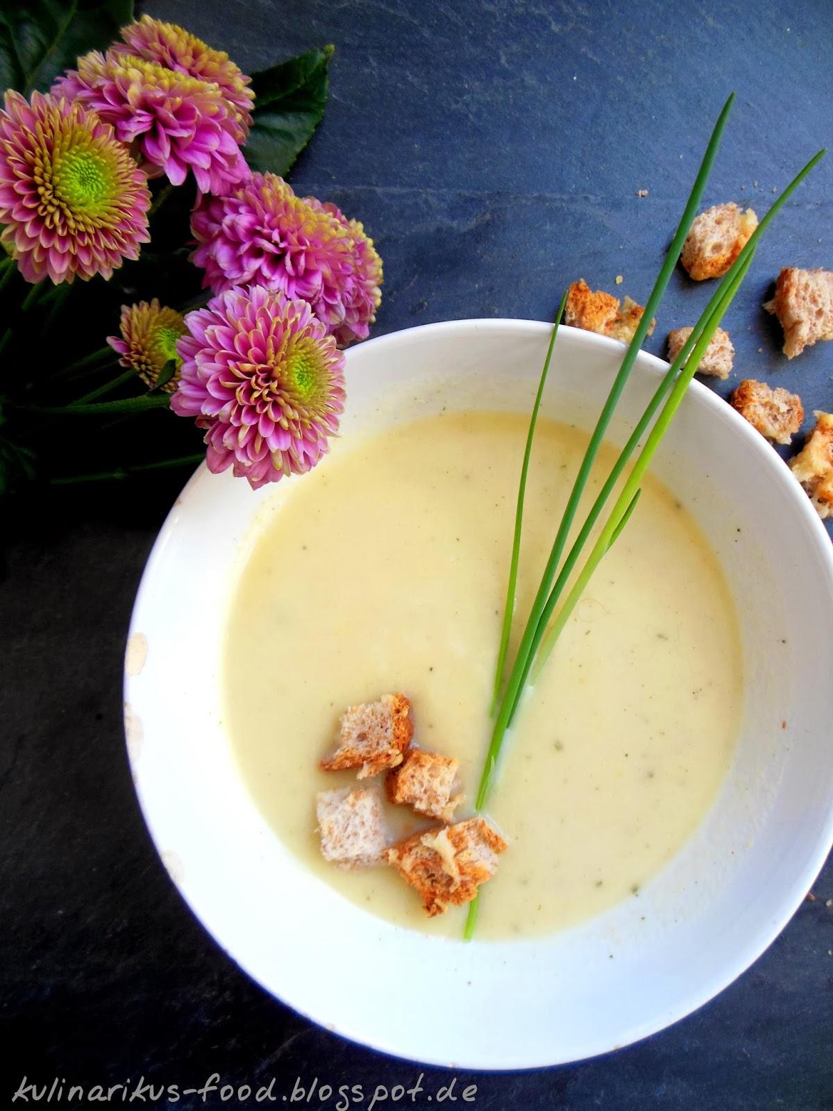 kulinarikus ich musste mal wieder die suppe ausl ffeln pastinakensuppe mit croutons. Black Bedroom Furniture Sets. Home Design Ideas