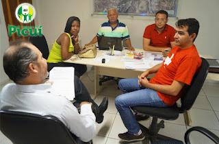 Prefeito Olivânio Remígio (Picuí) recebeu médica cubana que irá trabalhar em Serra dos Brandões