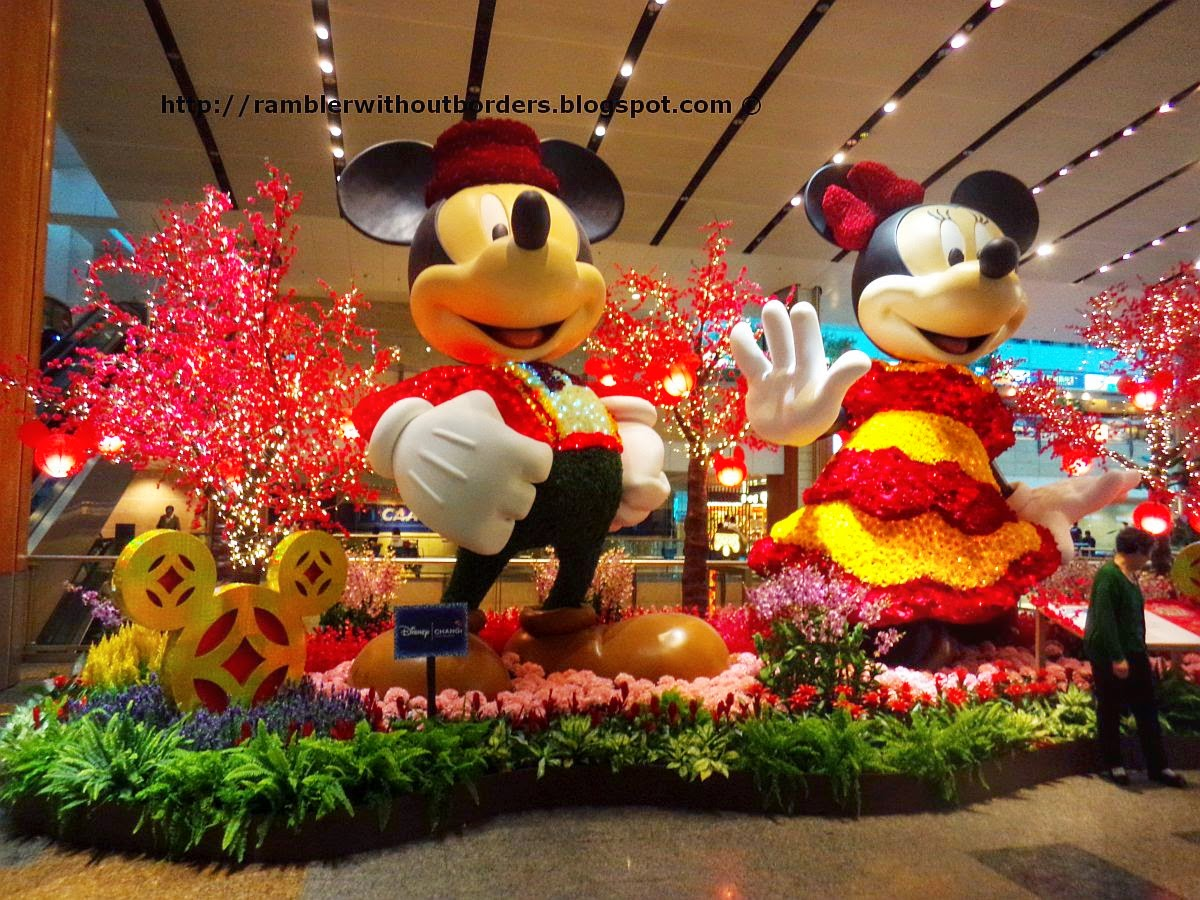 Micky and Minni, Singapore Changi Airport