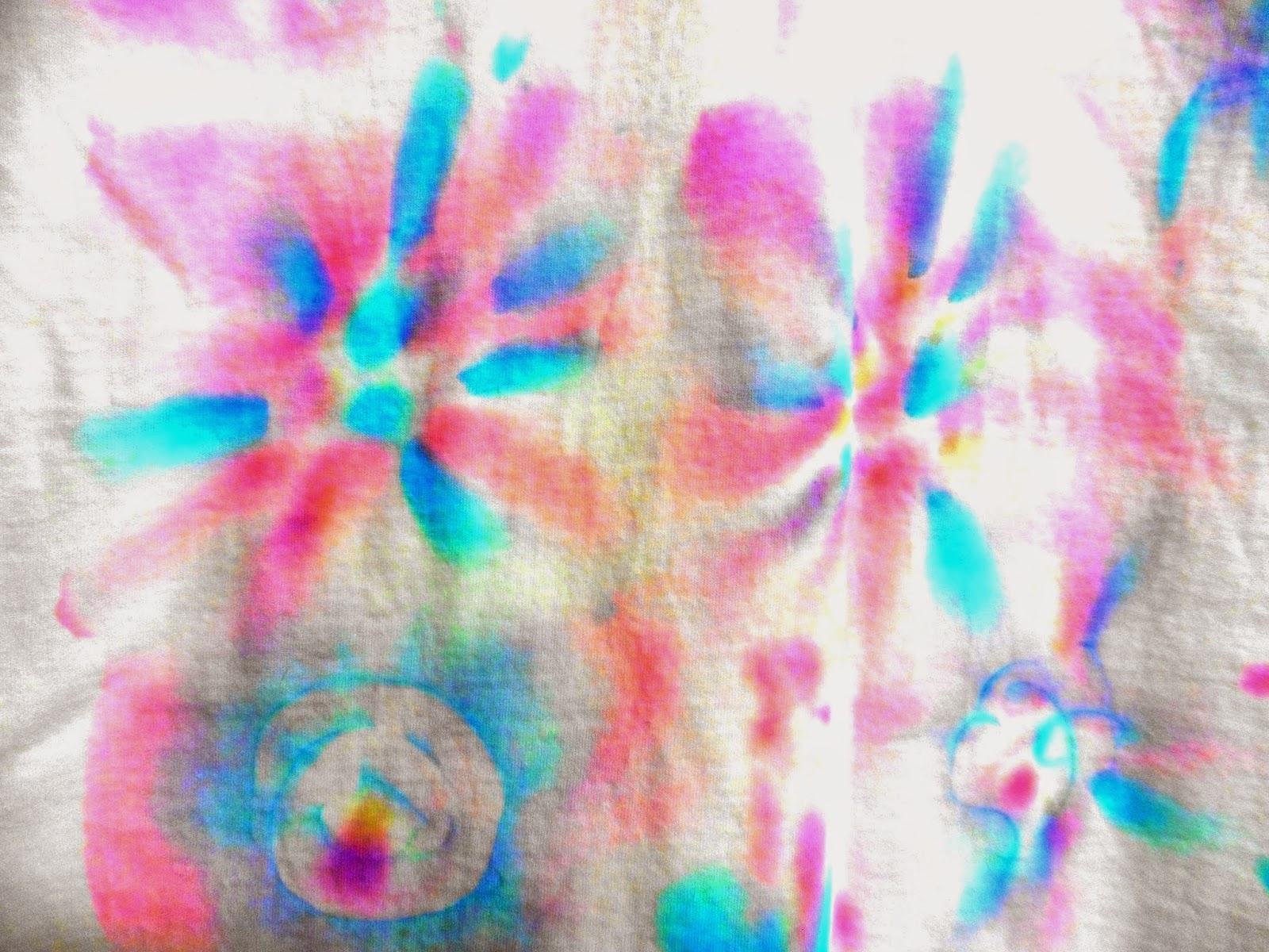 Kelloggsville: Easy tie dye with sharpies