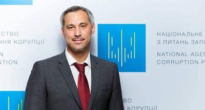 Член НАПК Рябошапка подал в отставку