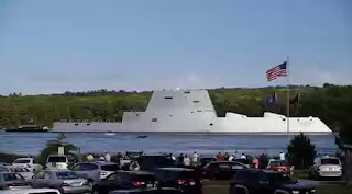 Sea destroyer USS Zumwalt
