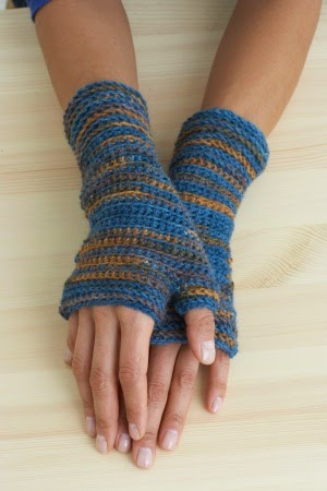 free wrist warmer crochet patterns