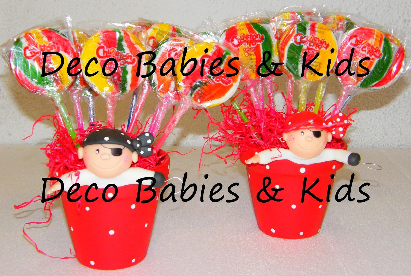 Deco babies kids centro de mesa dulces con chupetines y for Decoracion mesas dulces