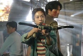"Profile Lengkap Go Yoon-Jung Pemeran Park Yu-Ri ""Sweet Home"""