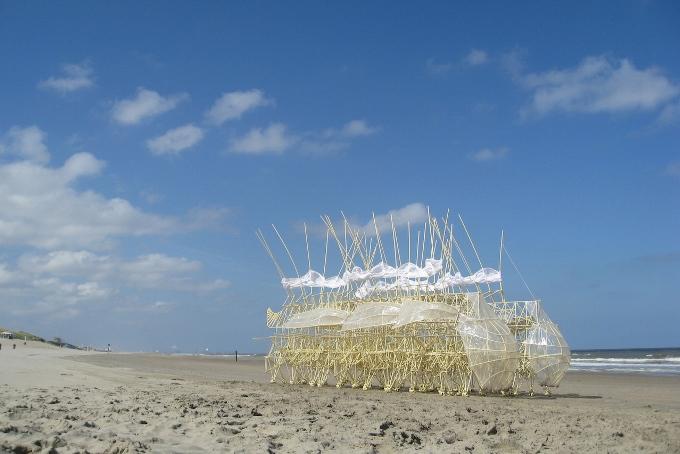 Theo Jansen ou la fusion de la biologie, de l'architecture et de l'art
