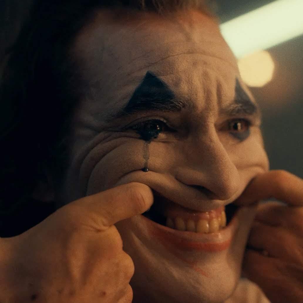 Joker - All Taxi Driver Homages You Missed in the Trailer : ホアキン・フェニックス主演の「ジョーカー」は、どれぐらい「タクシー・ドライバー」なのか ? !、予告編に込められたオマージュの数々を指摘してみた比較ビデオ ! !