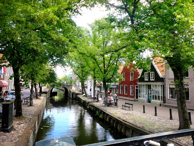 Canal and buildings in the village of Edam | Netherlands, Europe